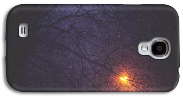 Glow Photographs Galaxy S4 Cases - The Glow Of Snow Galaxy S4 Case by Carrie Ann Grippo-Pike