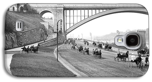 The Harlem River Speedway Galaxy S4 Case by Detroit Publishing Company