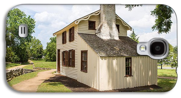 Landmarks Photographs Galaxy S4 Cases - The Innis House Galaxy S4 Case by John Bailey