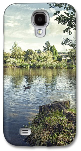 Overhang Photographs Galaxy S4 Cases - The Lake Galaxy S4 Case by Amanda And Christopher Elwell