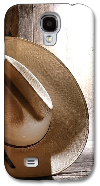 Western Photographs Galaxy S4 Cases - The Lost Hat Galaxy S4 Case by Olivier Le Queinec