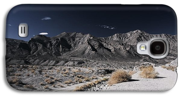 Landscapes Photographs Galaxy S4 Cases - The Mood Im In Galaxy S4 Case by Laurie Search