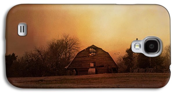 Tennessee Barn Galaxy S4 Cases - The Old Barn On A Fall Evening Galaxy S4 Case by Jai Johnson