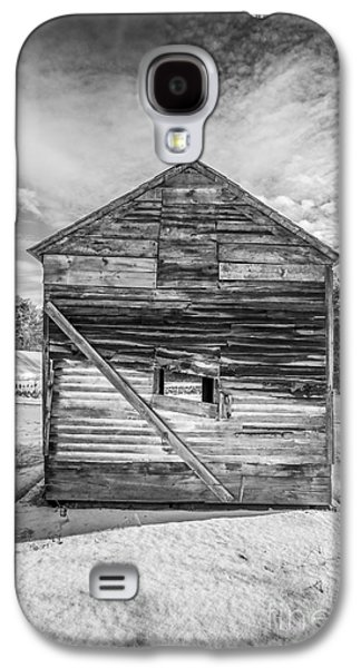Outbuildings Galaxy S4 Cases - The Old Corn Crib Galaxy S4 Case by Edward Fielding