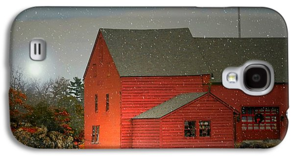 Red Barn In Winter Photographs Galaxy S4 Cases - The Old Mill Kirby Pond Galaxy S4 Case by Diana Angstadt