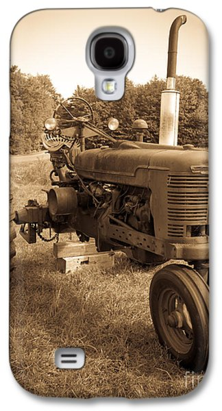 Equipment Galaxy S4 Cases - The Old Tractor Galaxy S4 Case by Edward Fielding