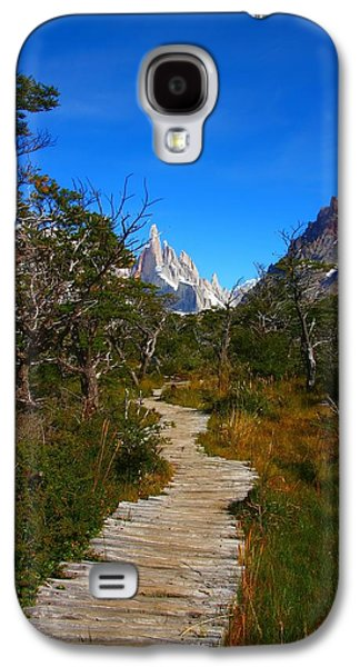 Studio Photographs Galaxy S4 Cases - The Path to Mountains Galaxy S4 Case by FireFlux Studios