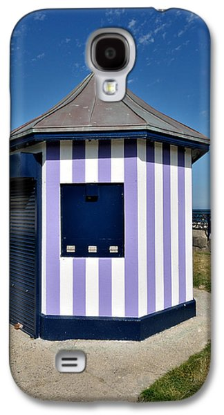 Architectur Galaxy S4 Cases - The Purple Kiosk in Bray ireland Galaxy S4 Case by Frazer Ashford