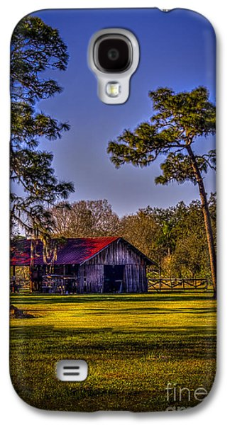 Old Country Roads Photographs Galaxy S4 Cases - The Red Roof Barn Galaxy S4 Case by Marvin Spates