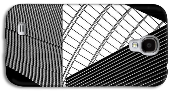 Architecture Photographs Galaxy S4 Cases - The Road Ahead Galaxy S4 Case by Rona Black
