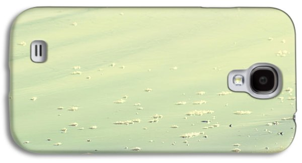 Beach Photography Galaxy S4 Cases - The Sandpiper Galaxy S4 Case by Amy Tyler