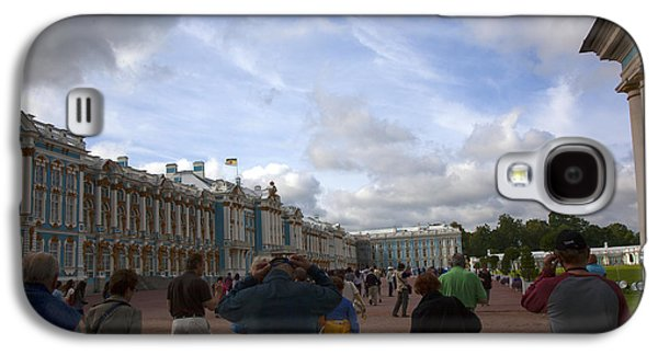 Catherine Galaxy S4 Cases - They Come to Catherine Palace - St. Petersburg - Russia Galaxy S4 Case by Madeline Ellis