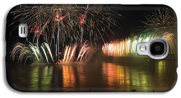 Pyrotechnics Galaxy S4 Cases - Thunder Over Louisville - D008432 Galaxy S4 Case by Daniel Dempster