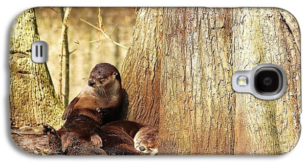 Tired River Otters Galaxy S4 Case by Paulette Thomas