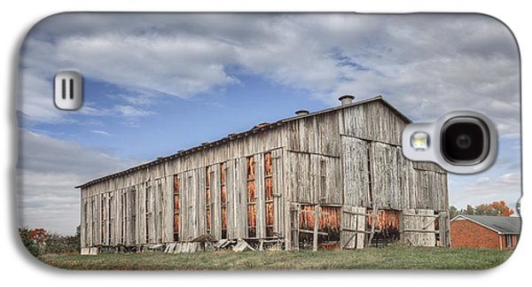 Daviess County Galaxy S4 Cases - Tobacco Barn in Daviess County Kentucky Galaxy S4 Case by Wendell Thompson