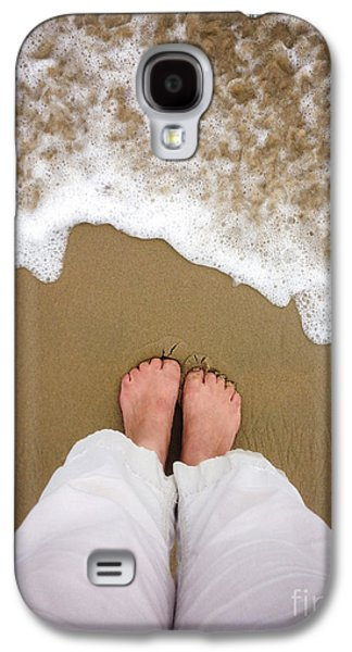 Concept Photographs Galaxy S4 Cases - Toes in the Sand Galaxy S4 Case by Diane Diederich