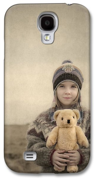 Friends Photographs Galaxy S4 Cases - Together They Dream Into The Evening Galaxy S4 Case by Evelina Kremsdorf