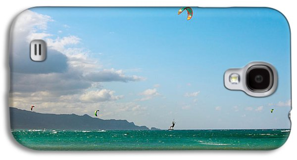 Kiteboarding Galaxy S4 Cases - Tourists Kiteboarding In The Ocean Galaxy S4 Case by Panoramic Images