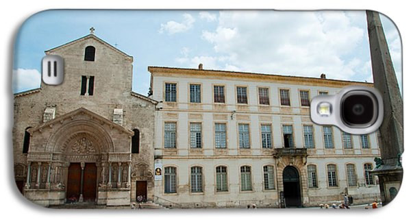 Arles Galaxy S4 Cases - Tourists Outside The Church Of St Galaxy S4 Case by Panoramic Images