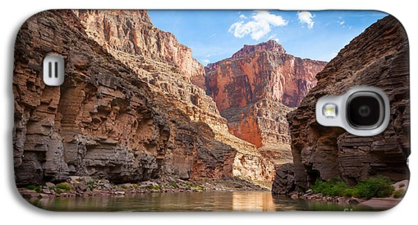 Grand Canyon Photographs Galaxy S4 Cases - Towering Walls Galaxy S4 Case by Inge Johnsson