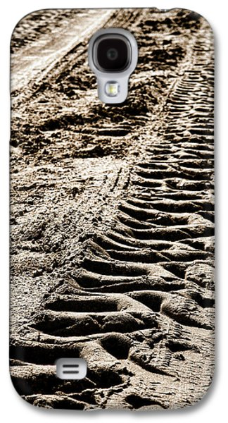 Machinery Galaxy S4 Cases - Tractor Tracks in Dry Mud Galaxy S4 Case by Olivier Le Queinec