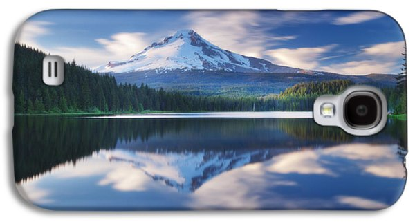 Landscape Metal Prints Galaxy S4 Cases - Trillium Escape Galaxy S4 Case by Darren  White