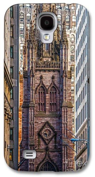 Landmarks Photographs Galaxy S4 Cases - Trinity Church - New York City Galaxy S4 Case by Luciano Mortula