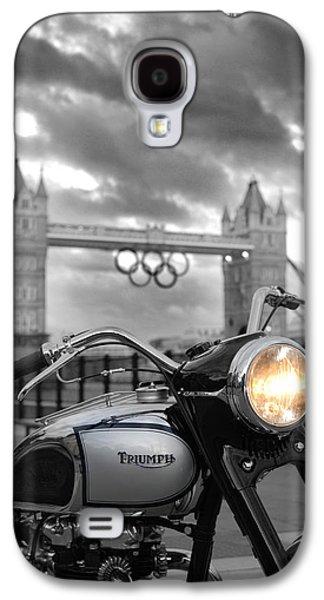 Landmarks Photographs Galaxy S4 Cases - Triumph T100 Galaxy S4 Case by Mark Rogan