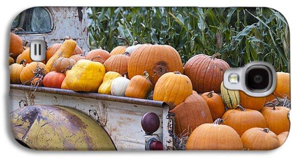 Farm Truck Galaxy S4 Cases - Truckful of Pumpkins Galaxy S4 Case by Juli Scalzi