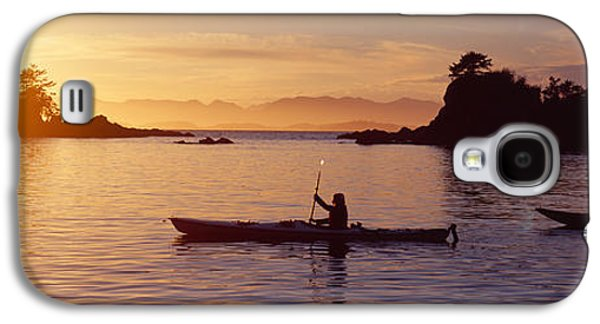 Sun Galaxy S4 Cases - Two People Kayaking In The Sea, Broken Galaxy S4 Case by Panoramic Images