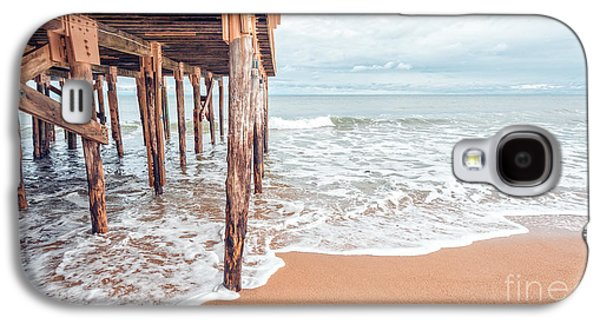 Under The Boardwalk Salsibury Beach Galaxy S4 Case by Edward Fielding