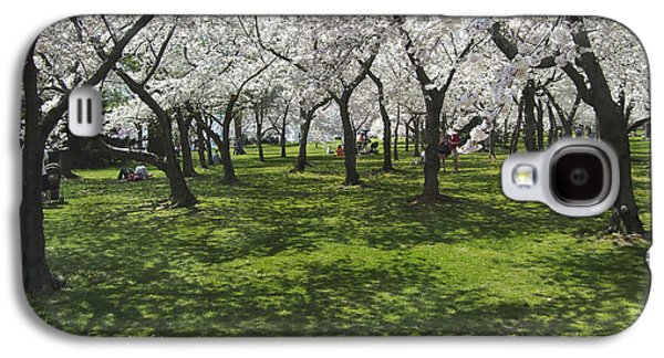 Cherry Blossoms Digital Art Galaxy S4 Cases - Under the Cherry Blossoms - Washington DC. Galaxy S4 Case by Mike McGlothlen