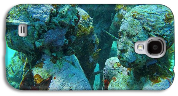 Statue Portrait Galaxy S4 Cases - Underwater Tourists Galaxy S4 Case by John Malone