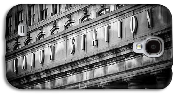 Columns Galaxy S4 Cases - Union Station Chicago Sign in Black and White Galaxy S4 Case by Paul Velgos