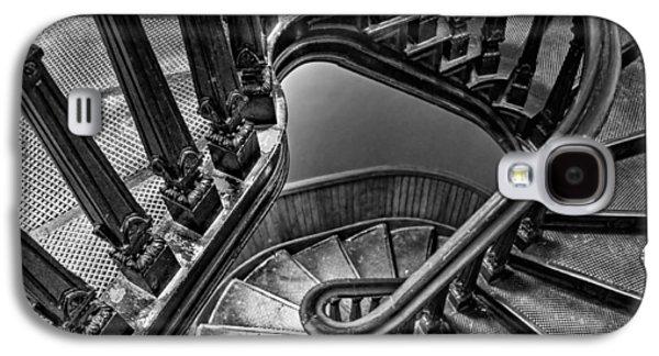 Fibonacci Galaxy S4 Cases - Up the Side - bw Galaxy S4 Case by Nikolyn McDonald