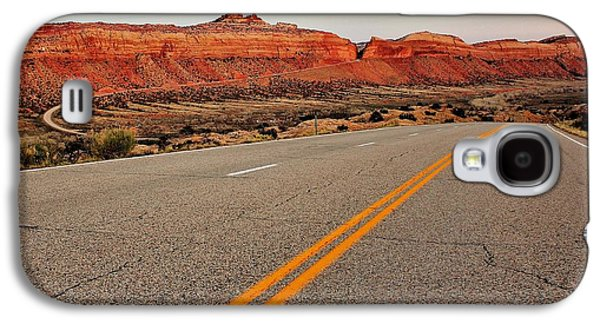 Scenic Drive Galaxy S4 Cases - Utah Highway Galaxy S4 Case by Benjamin Yeager