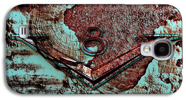 Rusted Cars Galaxy S4 Cases - V Eight Galaxy S4 Case by Greg Sharpe