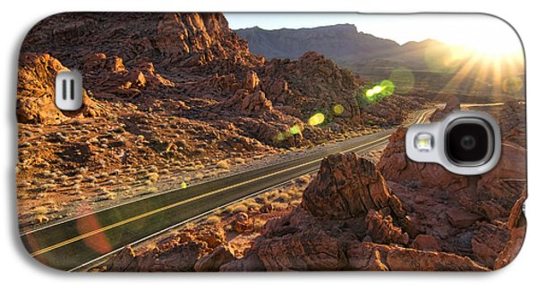 Landscapes Photographs Galaxy S4 Cases - Valley of Fire 1 Galaxy S4 Case by Matt Edwards