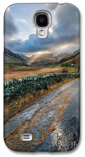 Sunbeams Galaxy S4 Cases - Valley Sunlight Galaxy S4 Case by Adrian Evans