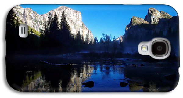 Cathedral Rock Galaxy S4 Cases - Valley View Yosemite National Park Waterscape Galaxy S4 Case by Scott McGuire