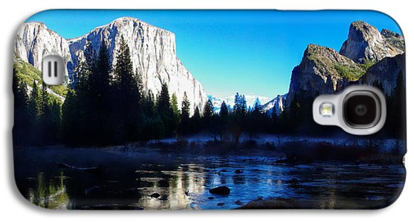 Cathedral Rock Galaxy S4 Cases - Valley View Yosemite National Park Winterscape Galaxy S4 Case by Scott McGuire
