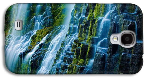 Landscapes Photographs Galaxy S4 Cases - Veiled Wall Galaxy S4 Case by Inge Johnsson