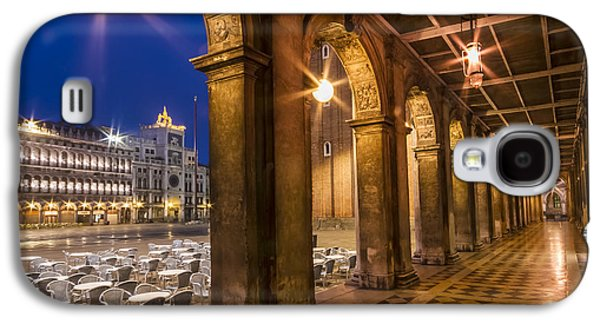 Ancient Galaxy S4 Cases - VENICE St Marks Square during Blue Hour Galaxy S4 Case by Melanie Viola