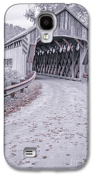 Old Country Roads Photographs Galaxy S4 Cases - Vermont Covered Bridge Galaxy S4 Case by Edward Fielding