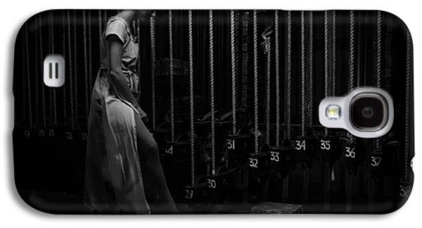 Backstage Photographs Galaxy S4 Cases - Vida Galaxy S4 Case by Artyom Shlapachenko