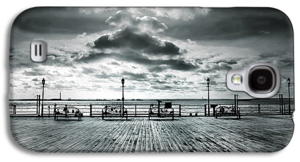 River View Galaxy S4 Cases - View Point on the Pier Galaxy S4 Case by Mark Rogan