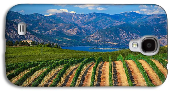 Vineyard In The Mountains Galaxy S4 Case by Inge Johnsson