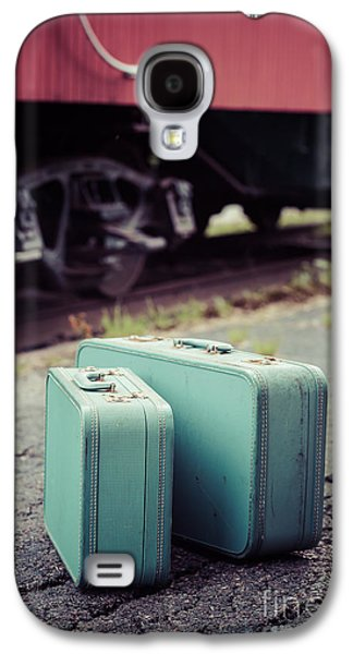 Caboose Photographs Galaxy S4 Cases - Vintage blue suitcases with red caboose Galaxy S4 Case by Edward Fielding
