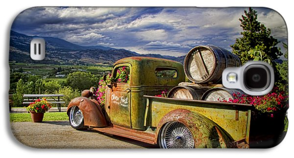 Vintage Chevy Truck At Oliver Twist Winery Galaxy S4 Case by David Smith