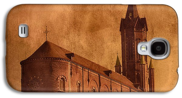Historical Pictures Galaxy S4 Cases - Vintage Church Galaxy S4 Case by Wim Lanclus